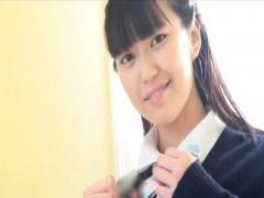 着エロ 清純未貫通な処女16歳現役JKアイドルの指乳首洗体と制服脱衣イメー...