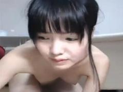 無修正ライブチャット動画 激かわ黒髪清楚系美少女おまんこくぱぁ 指入れ...
