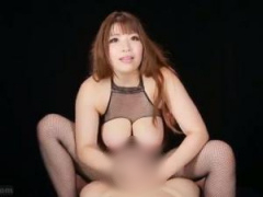 変態爆乳痴女が淫語責め手コキでM男を罵倒する主観動画!