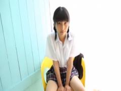 まだ○学生だけどちょっとエッチなイメージビデオにも出ちゃう女の子wwww