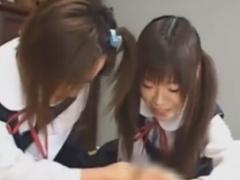 童顔痴女JK2人組のフェラと乳首責めで悶絶させられるM男動画