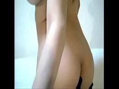 無修正&ライブチャット 激かわ巨乳おっぱい美女 激しい膣クリトリスオナニーでびしょ濡れ絶頂! おマン○いっちゃう! 個人撮影