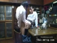 JK 近親相姦 盗撮 これってヤバすぎる 嫁の連れ子のJKが目的で結婚⇒家庭内...