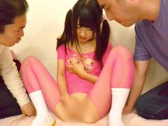 小柄な体に童顔なのにエッチに興味津々なスケベな女の子