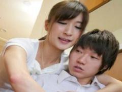 義理の母が夫の連れ子に手を出す禁断の近親相姦