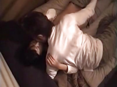 無修正! 自宅で彼女とセックスしている様子を天井のカメラで隠し撮り