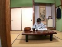 温泉宿で素人マッサージ師にバッキバキに勃起したチンポを見せ付けたらどこまでヤレる!?