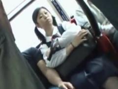 通学電車で制服を剥ぎ取られレイプ痴漢を受けるJK動画