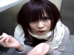 元カノ めちゃくちゃ可愛いギャル系美少女 トイレでフェラ抜き! 口内射精...