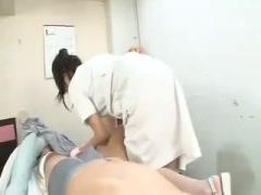 抵抗できない男性患者を美しい美白ナースが逆レイプする動画wwwww