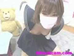 JKセーラー服オナニー スレンダーな女子校生がライブチャットで乳首オナニ...
