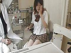 盗撮動画 病院で制服JKがセクハラ診察の餌食になる