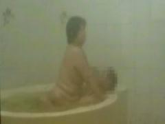 個人撮影@五十路 ぽっちゃり豊満熟女のオバサンがお風呂で不倫SEX