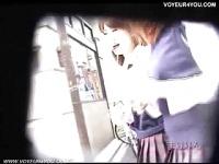 隠しカメラで街行く女子校生のパンチラを盗撮