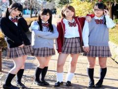 童顔JKたちが卒業記念の思い出作りに教室で乱交SEX!