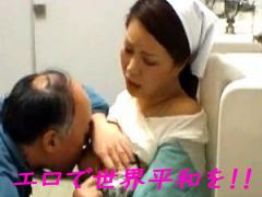 トイレの清掃員のおばちゃんが欲情したおっさんに犯される