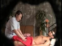 ぽっちゃり系爆乳整体師がメンズエステ中に興奮した男に襲われ濃厚セックス