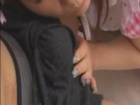 童顔のメイドがアソコを刺激されて勢いよく放尿