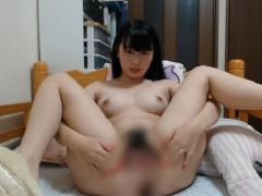 無修正ライブチャット動画 可愛い美乳おっぱい前髪パッツン清楚系美少女 ...