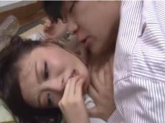 浜崎真緒レイプ中出し 民生員のお姉さんがエロ美巨乳でメス臭プンプン発散...