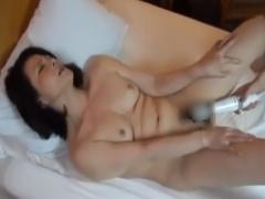 高齢熟女ナンパ企画 ホテルで美人な五十路おばさん素人人妻が手マン電マで...