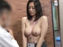 SOD社内健康診断で女子社員の乳房検診!