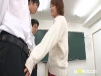 生意気可愛い転校生美少女がソッコーでクラスの男子のチン...