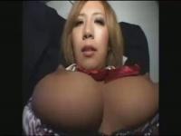 巨乳淫乱黒JKに大量中出しいくよ! !