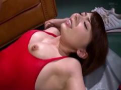 ハイレグレオタードの痴女インストラクターが汗まみれの濃厚セックス!
