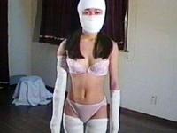 包帯緊縛 白い肉人形