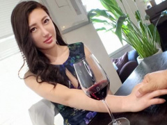 キリッとした美人さんと甘えたセックスでラスト中出しのエロ動画