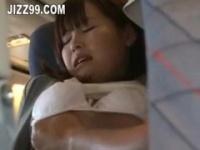 飛行機内で起きたエスカレートする痴漢行為!