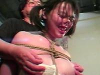 緊縛イズム01 肉を裂く縄・ゆきほ鼻責め宙吊り