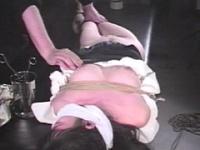 夢魔の診察台・桃色乳首責め