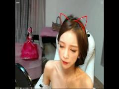 ライブチャット 猫耳の韓国人美女が人参で激エロオナニー配信