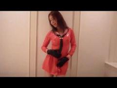 ピンクのセーラー服で誘惑する痴女