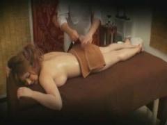 奇跡的な美巨乳お姉さんを媚薬アロママッサージでトロトロにして盗撮セックス