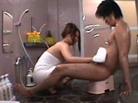 グラビアアイドル タオル一枚 男湯入ってみませんか?