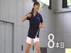 鋭いスマシュで的を撃ち抜くスポーツ女子! 県大会優勝は伊達じゃない! ! ...