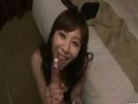 コスプレ 巨乳なバニーちゃんが、ベッドルームでカメラで撮られながら主観...
