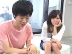 女子大生が童貞で悩む彼氏の友達と1発10万円の中出しミッションに挑戦!