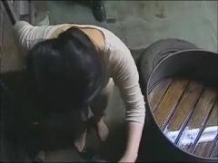 戦時中に満州からの帰還中に的に捕まり孕ませ凌辱されまくった婦人たち!