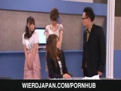 アナウンサー吉沢明歩がM男ディレクターを虐め抜く