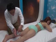 美人女性を瞬殺! エロマッサージで中出しセックス マジックミラー号 MM号動画