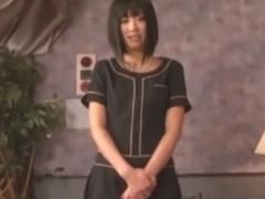 パンスト足コキ手コキでM男を強制射精させる痴女エステ動画