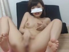 無修正ライブチャット動画 激かわ美乳おっぱいギャル系美女 おまんこ指入...