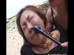 バイブを仕込まれた巨乳美女がお姉さま方にいじめられて強制アクメ!