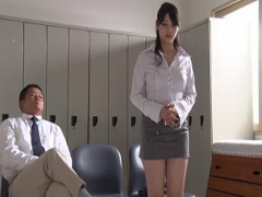 目の前で脱衣命令 全裸になるまで凝視されてしまう女教師 美人 セクシー ...