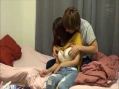 爆乳AV女優がイケメンにナンパされるプライベートセックスをドキュメンタリー