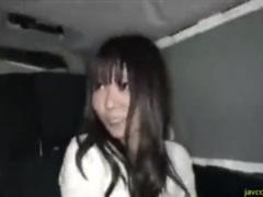 人妻ナンパ 夜の繁華街で捕まえた黒髪真面目そうな人妻を連れ込んで中出し...